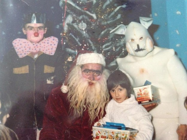 30 Creepy Santas That Will Give You Nightmares - Gilry Design Blog