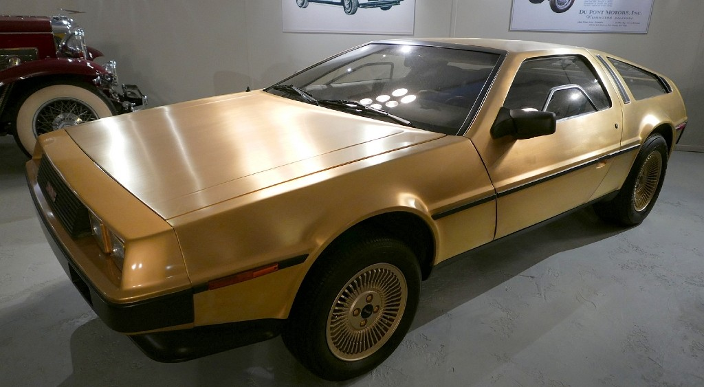 A Collection of Customized DeLorean DMC-12 - Girly Design Blog