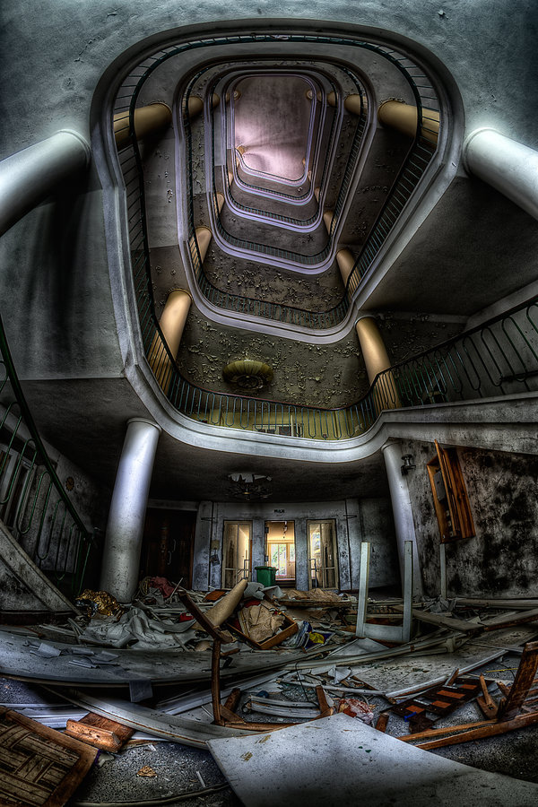 42 Creepy Images of Urbex Photography - Girly Design Blog